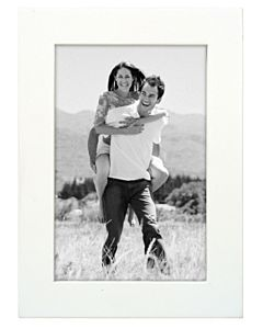 Malden Designs - Linear White Frame 4x6